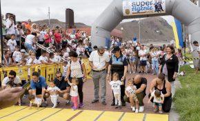 Más de 500 niños participan en la primera carrera Super Agente Kids que organiza la Policía Local de Las Palmas de Gran Canaria
