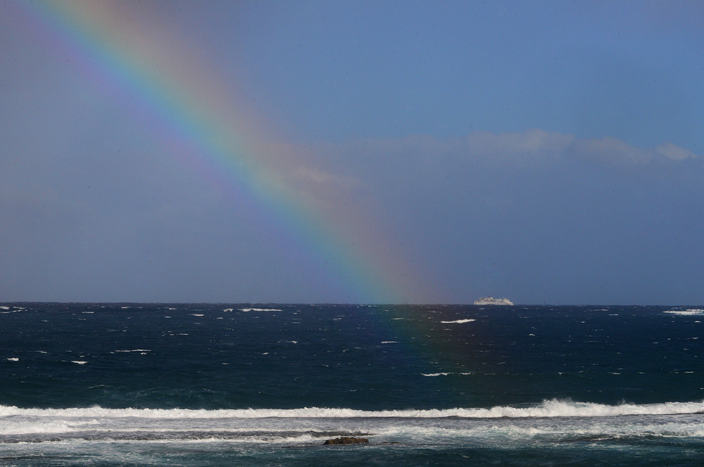 """El """"Armas"""" navega contra viento y marea"""