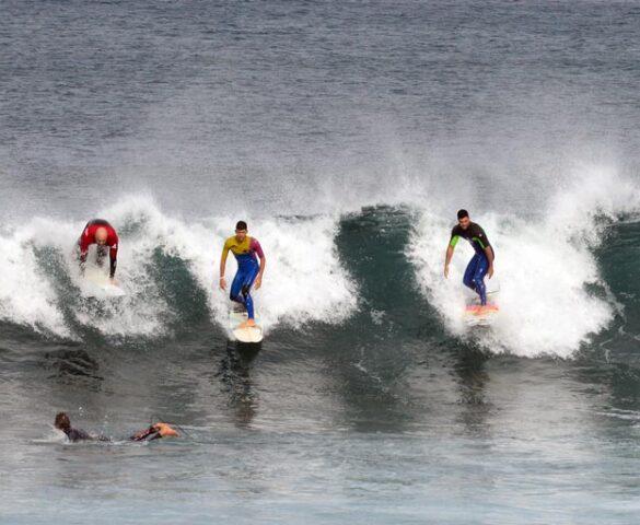 La bahía de El Confital: un lugar donde el surf es una religión