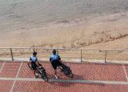 Un hombre y una mujer detenidos en Las Canteras por enfrentarse y causar lesiones a dos policías locales
