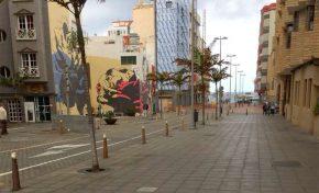Los vecinos de Olof Palme molestos porqué el Ayuntamiento se llevó los bancos de la calle