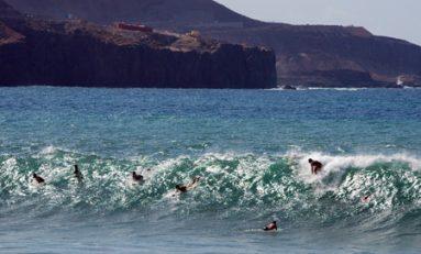 """El código del surfing """"como entrar al pico sin interferir a los demás surfistas"""""""