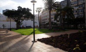Los vecinos alertan de la falta de vigilancia y cuidados en el parque Pino Apolinario