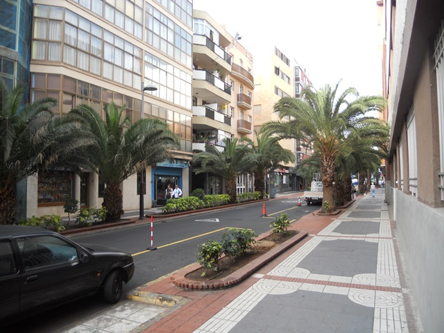 El Ayuntamiento inicia los trabajos del segundo tramo de la peatonalización de la calle Luis Morote