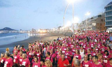 Una marea rosa invadirá Las Canteras este domingo contra el cáncer de mama y promover hábitos saludables