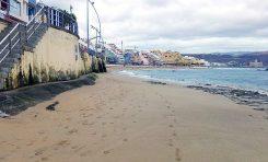 ¿Cuántas toneladas de arena deben de moverse en 15 días para que el Charcón presente este aspecto?
