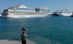 Seis barcos de cruceros llegan a Las Palmas de Gran Canaria durante el Womad