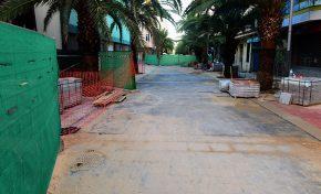 La calle Luis Morote enseña su nueva peatonalización