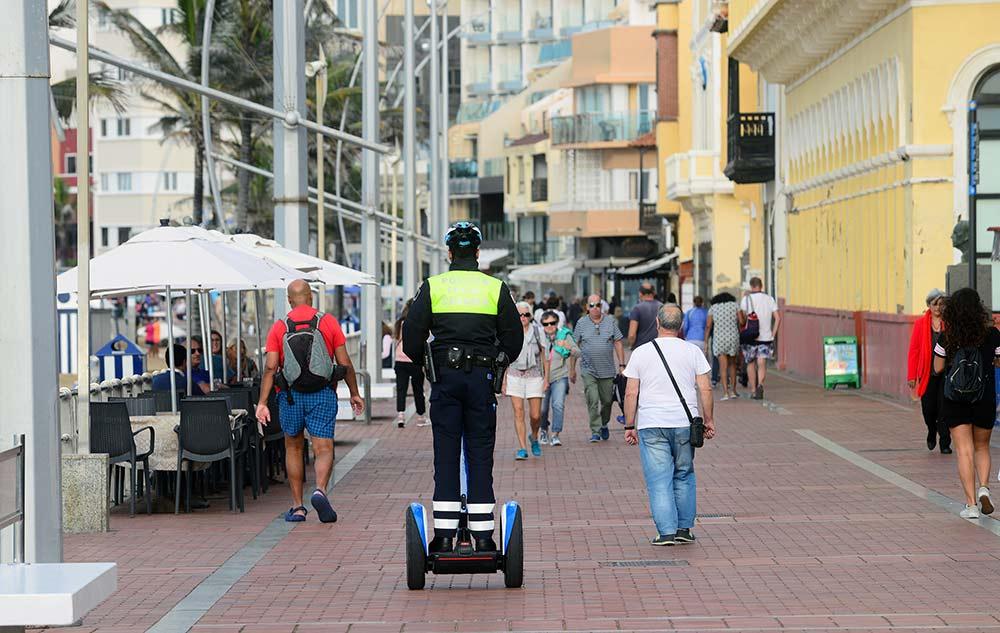 La policía montada de Las Canteras