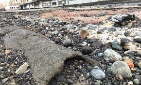 Ciudad de Mar procede a retirar tres tuberías antiguas que han aflorado en la Cicer
