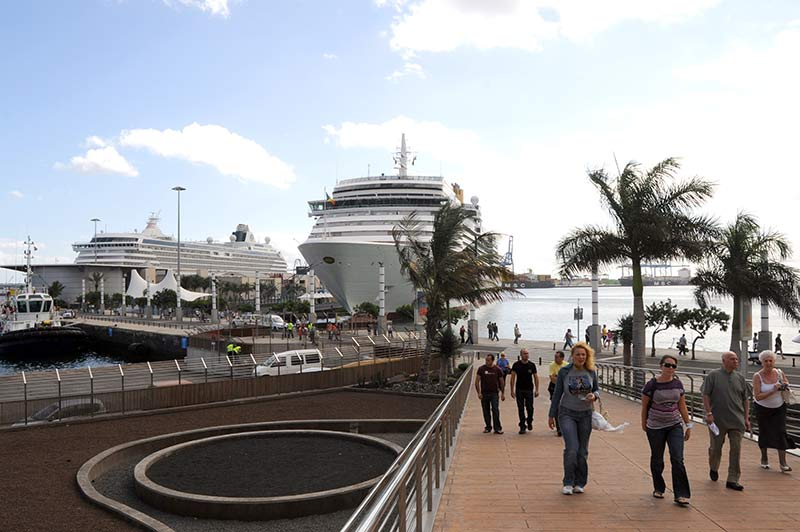 Cinco grandes navíos de recreo tienen prevista su llegada a la ciudad este fin de semana