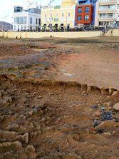 La Playa Chica enseña su parte más primitiva