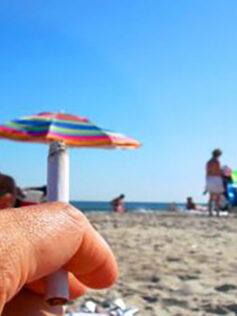 Casi 300.000 personas reclaman que todas las playas españolas sean libres de humo