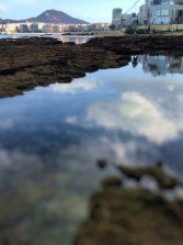La belleza de una marea vacía en Los Lisos