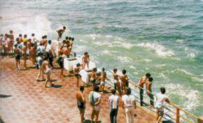 Años ochenta: salto al mar desde el muro Marrero