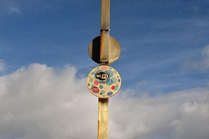 Último vestigio de la wifi de Las Canteras a los 10 años de su instalación