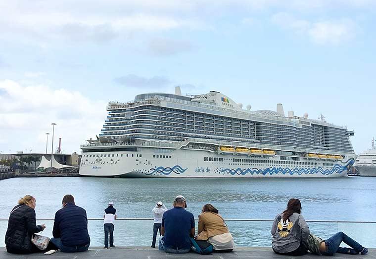 Cincocruceros despiden marzo en Las Palmas de Gran Canaria