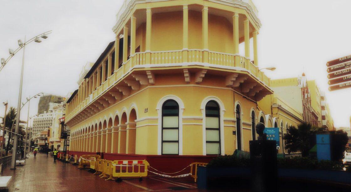 Reluce el histórico hospital San José tras realizarle obras de mantenimiento