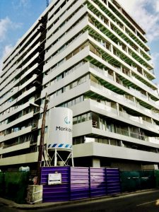 """El «edificio de pladur"""" con muchos problemas para su acabado"""