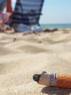 Las colillas, un temible contaminante en las playas