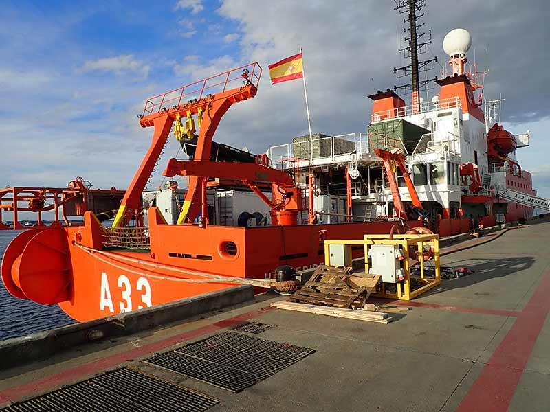 La ULPGC participa en la campaña ZEEE-2019 que realiza el buque oceanográfico Hespérides en aguas de Canarias