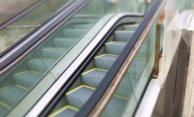 El Ayuntamiento regulará el horario de funcionamiento de las escaleras mecánicas de La Cícer para reducir el coste energético y aumentar su vida útil