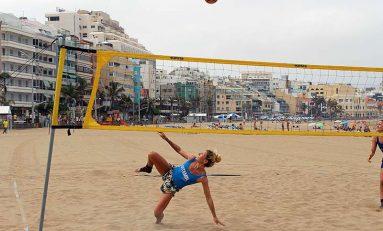 Con la pelota en el aire, llega el futvoley femenino a Las Canteras