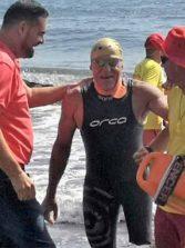 Fallece Carmelo Santana mientras realizaba la vuelta a la isla a nado