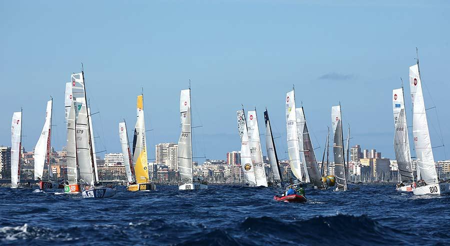 La salida este sábado de la regata en solitario Mini-Transat brindará a la capital un emocionante espectáculo náutico