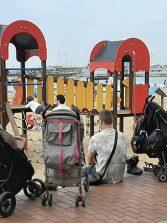 Se prohibirá pasear con carritos de bebé por el paseo de Las Canteras