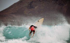 Los favoritos al título marcan diferencias en la primera jornada del mundial de paddle surf