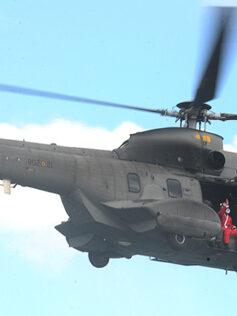 Papá Noel se despide desde un helicóptero del SAR