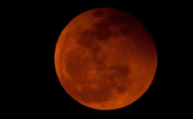Un eclipse penumbral de luna tendrá lugar este viernes 10 de enero y será visible desde Canarias