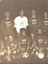 """El histórico equipo de fútbol playero """"el Barril Rojo"""""""