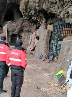Patrimonio arqueológico del Cabildo inspecciona las cuevas de Los Canarios