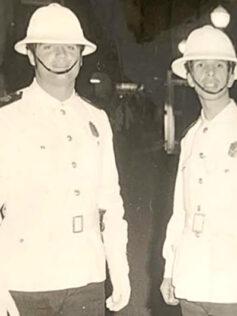 Dos buenos policías locales en 1970