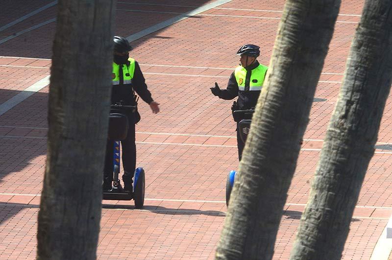 La Policía Local tramita cerca de 150 multas por incumplir las restricciones en el primer día de paseos y práctica deportiva