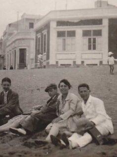 Ambiente en Las Canteras a principios del siglo pasado