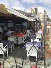 Se abren algunos locales del paseo, el lunes se espera la apertura de varios restaurantes de Las Canteras