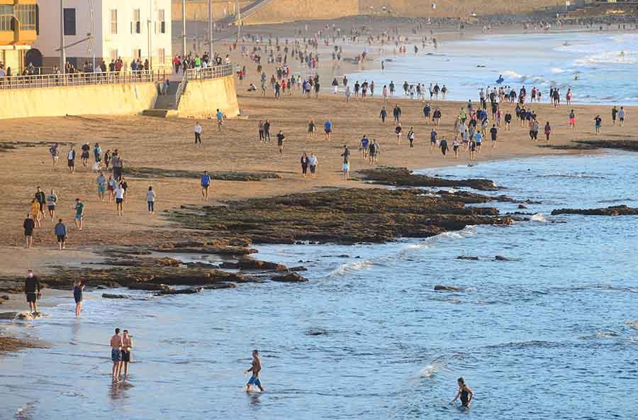 El Ayuntamiento de Las Palmas de Gran Canaria mantendrá las medidas vigentes durante el nivel de alerta 2 frente a la Covid-19 pese a la finalización del estado de alarma