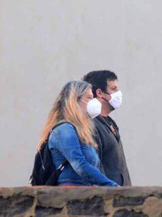 Los expertos lo confirman: mascarillas, distancia física y protección ocular para evitar el contagio de la COVID-19
