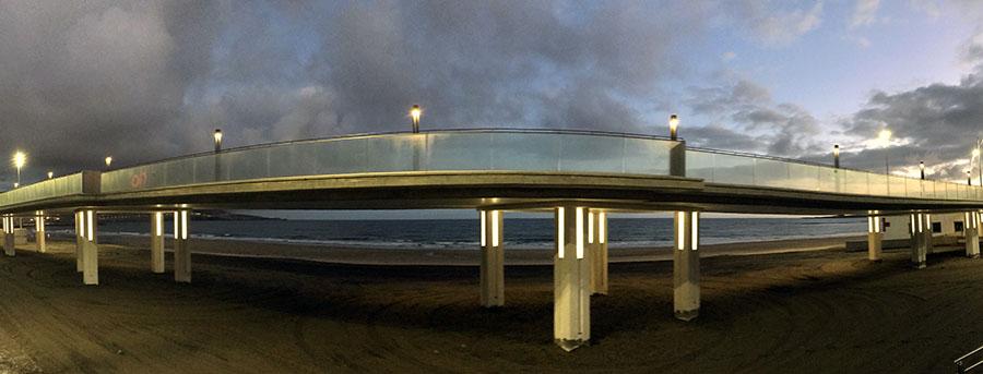 Ciudad de Mar instala nuevos lavapiés en la zona de la Pasarela de la Cicer