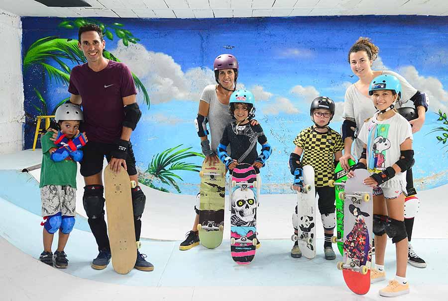 «The Barrios» la escuela de skateboarding de la Cicer