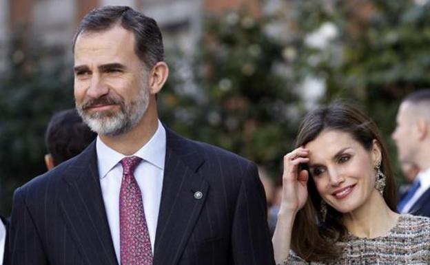 Los Reyes de España pasearán este martes por Las Canteras