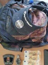 La Policía Local detiene a un hombre en Las Canteras que sustrajo una mochila con efectos por valor superior a los 7.000 euros