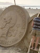 Debate ¿Son éticamente adecuadas las últimas esculturas de arena de Etual Ojeda ?