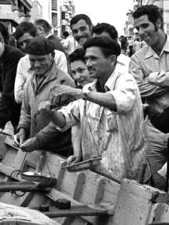 Años sesenta: vendiendo el pescado de barquillo