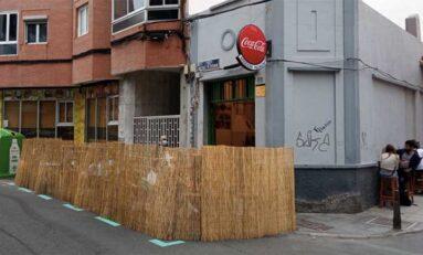 El Ayuntamiento ordena retirar las terrazas de los locales de las aceras y calles al pasar Gran Canaria al nivel de alerta 2