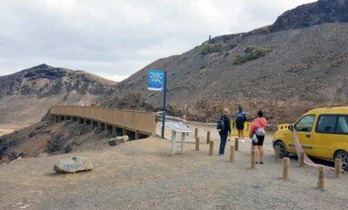 Se reabre la carretera de acceso al El Confital tras solucionarse la incidencia del desprendimiento