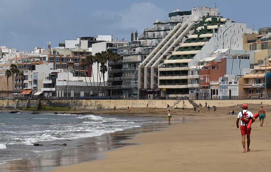 Decepción con el nuevo pliego de licitación del servicio de salvamento de las playas de Las Palmas de Gran Canaria